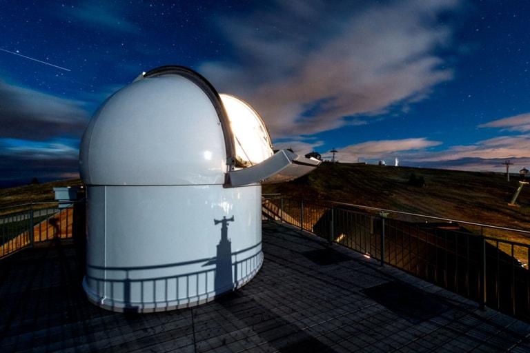 Sternwarte im Alpinhotel Pacheiner auf der Gerlitzen Alpe über dem Ossiacher See - Urlaubsregion Villach in Österreich