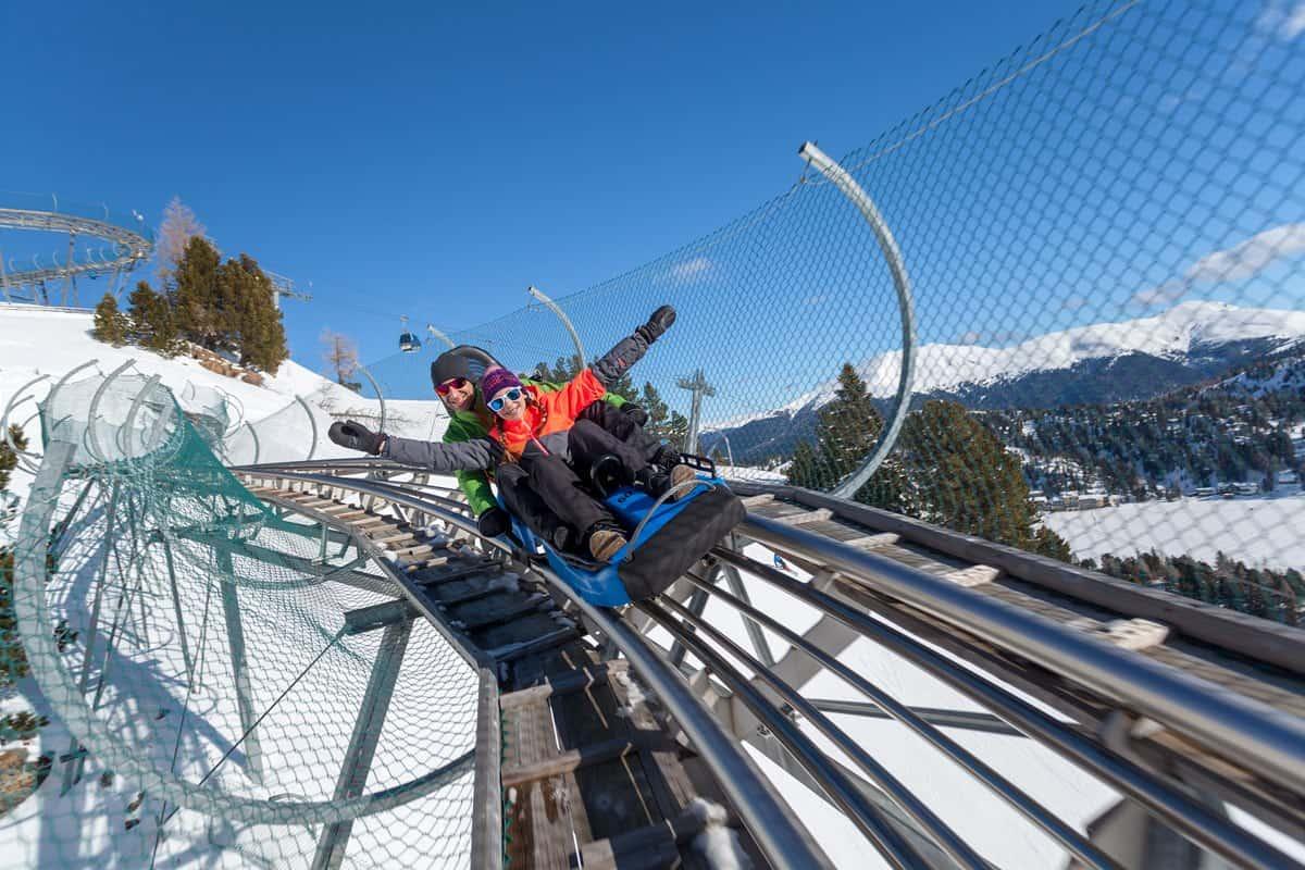 Nocky Flitzer Turracher Höhe - Alpen-Achterbahn in Österreich hat auch im Winter geöffnet.