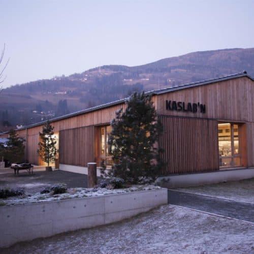 Schaukäserei im Winter - Ausflugsziel und Einkaufen in Radenthein Nähe Millstätter See in Kärnten - Urlaubsland in Österreich
