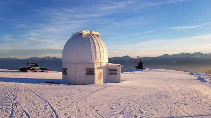 Sternwarte Gerlitzen Alpe über Ossiacher See - Kärnten im Winter. Führungen ganzjährig mit Voranmeldung möglich.