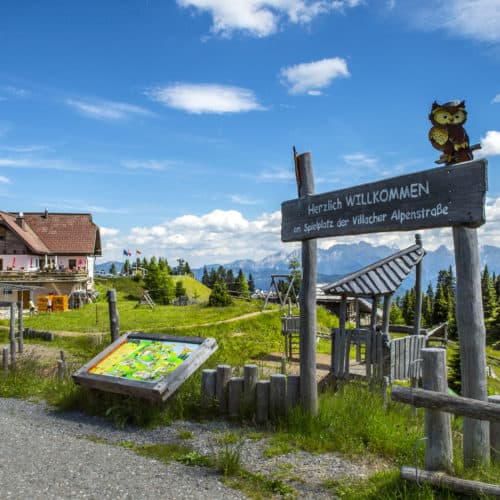 Spielplatz Rosstratte der Villacher Alpenstraße - Ausflugsziel für Familien Nähe Villach in Kärnten