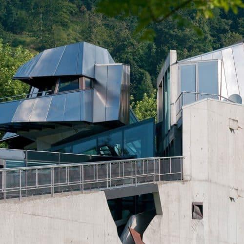 Domenig Steinhaus in Steindorf am Ossiacher See - Sehensürdigkeit & Ausflugsziel in Villach (Region)