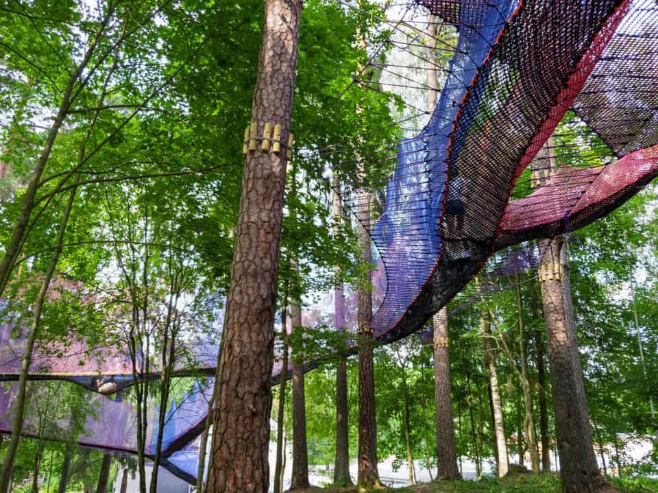 Familywald Ossiacher See in Kärnten mit Netzen in Bäumen - Ausflugstipp in Kärnten, geöffnet ab März