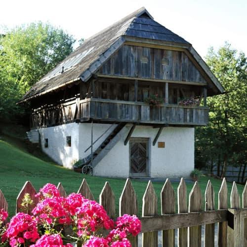 Frühlings-Ausflug im Freilichtmuseum Maria Saal Nähe Klagenfurt