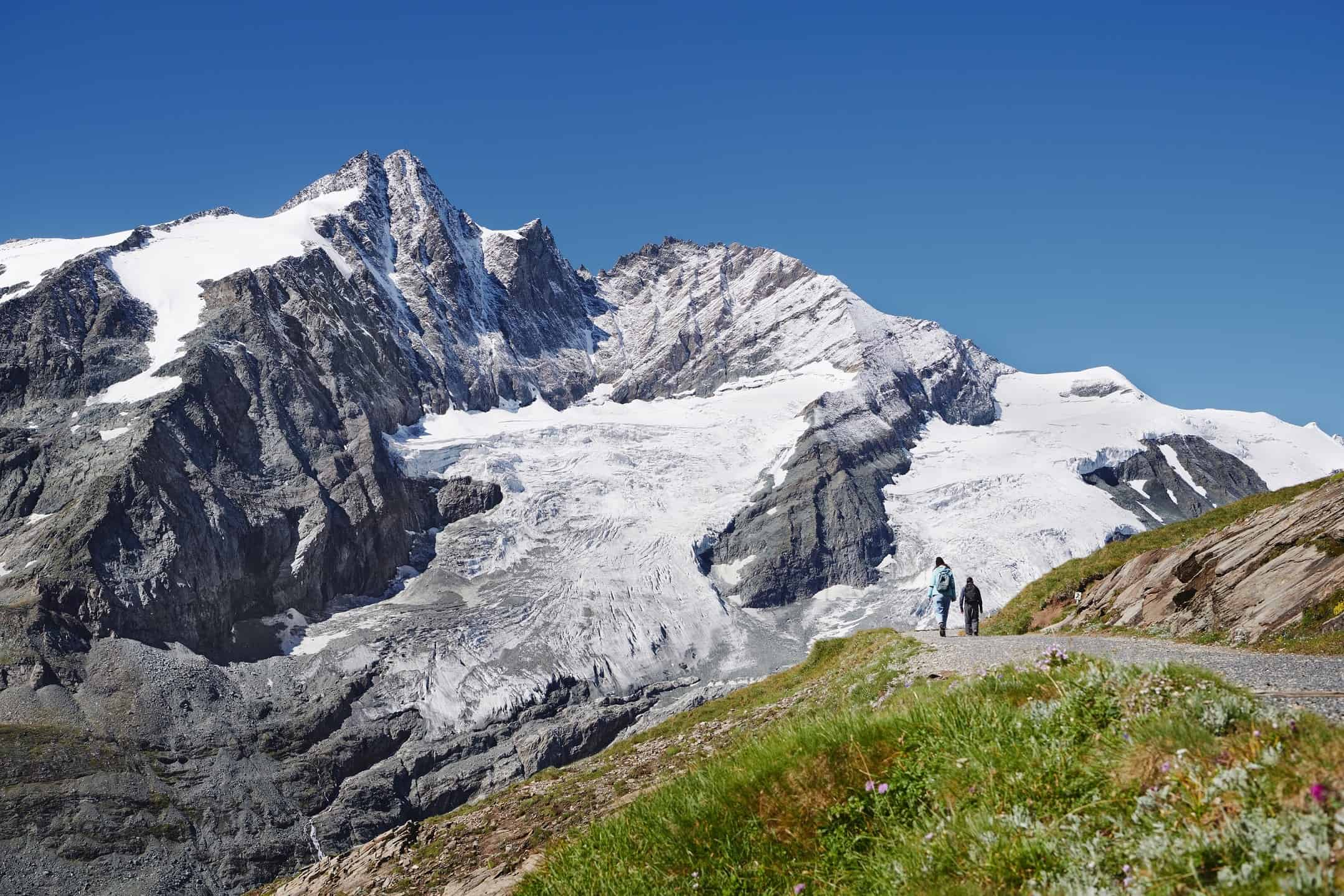 Großglockner in Österreich - Wanderer