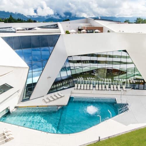 Ganzjährig geöffnete Kärnten Therme in der Region Villach für Freizeitaktivitäten in Österreich