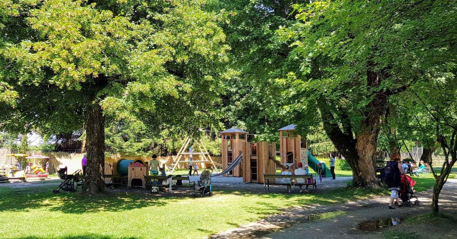 Kinderspielplatz & Kleintierzoo im Tierpark Rosegg - Ausflugsziel für Familien im Rosental, Kärnten