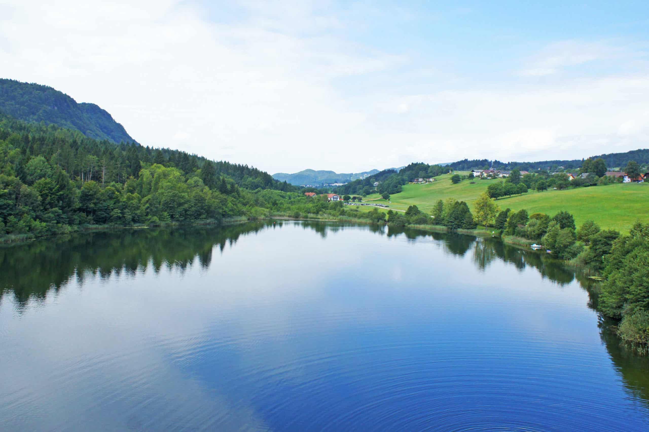 Rauschelesee in der Nähe vom Wörthersee in Kärnten - Badesee und Geheimtipp in Österreich