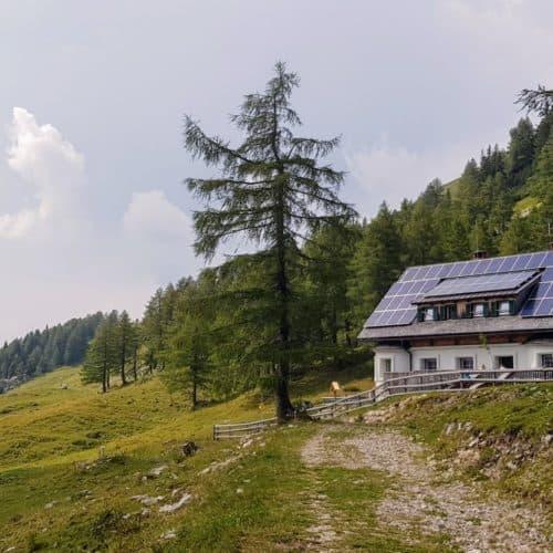Klagenfurter Hütte im Bärental, Karawankenregion Rosental in Kärnten, Österreich