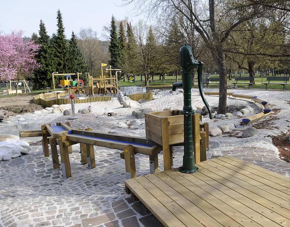 Kinderspielplatz im Europapark Klagenfurt am Wörthersee in Kärnten