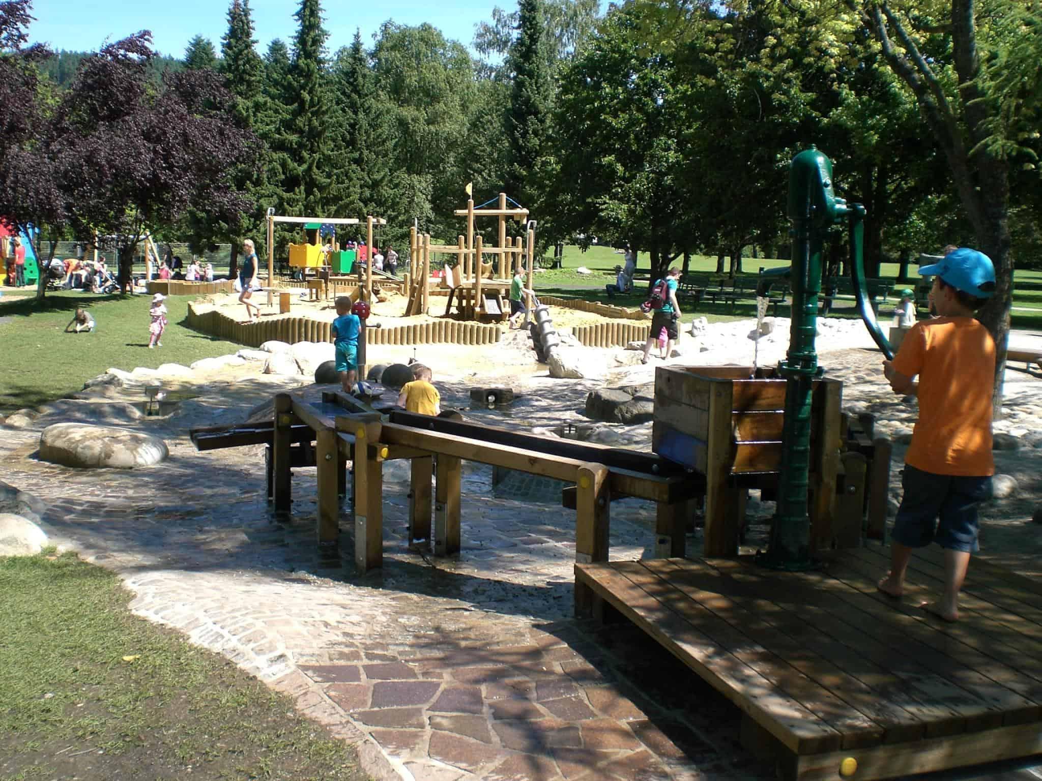 Kinderspielplatz Europapark Klagenfurt - Ausflugsziel mit Familie in Kärnten