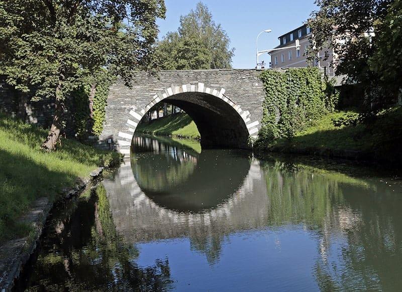 Steinerne Brücke in Klagenfurt am Wörthersee in Österreich