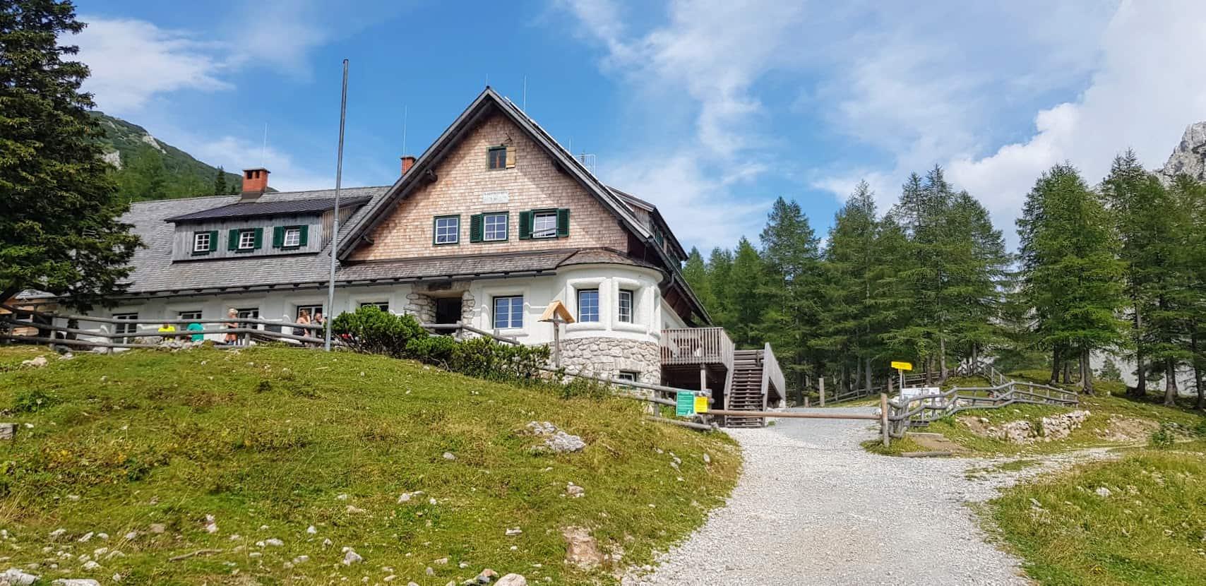 Wandern in Kärnten zur Klagenfurter Hütte im Bärental - Ausflugstipp in der Carnica Region Rosental