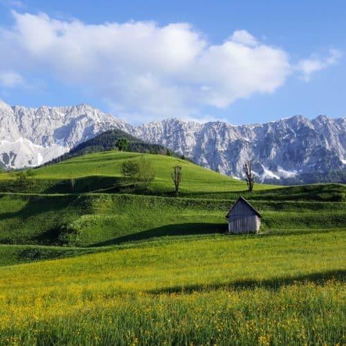 Zell Pfarre mit Koschuta in den Karawanken - Sehenswertes Bergsteigerdorf in der Carnica Region Rosental in Kärnten