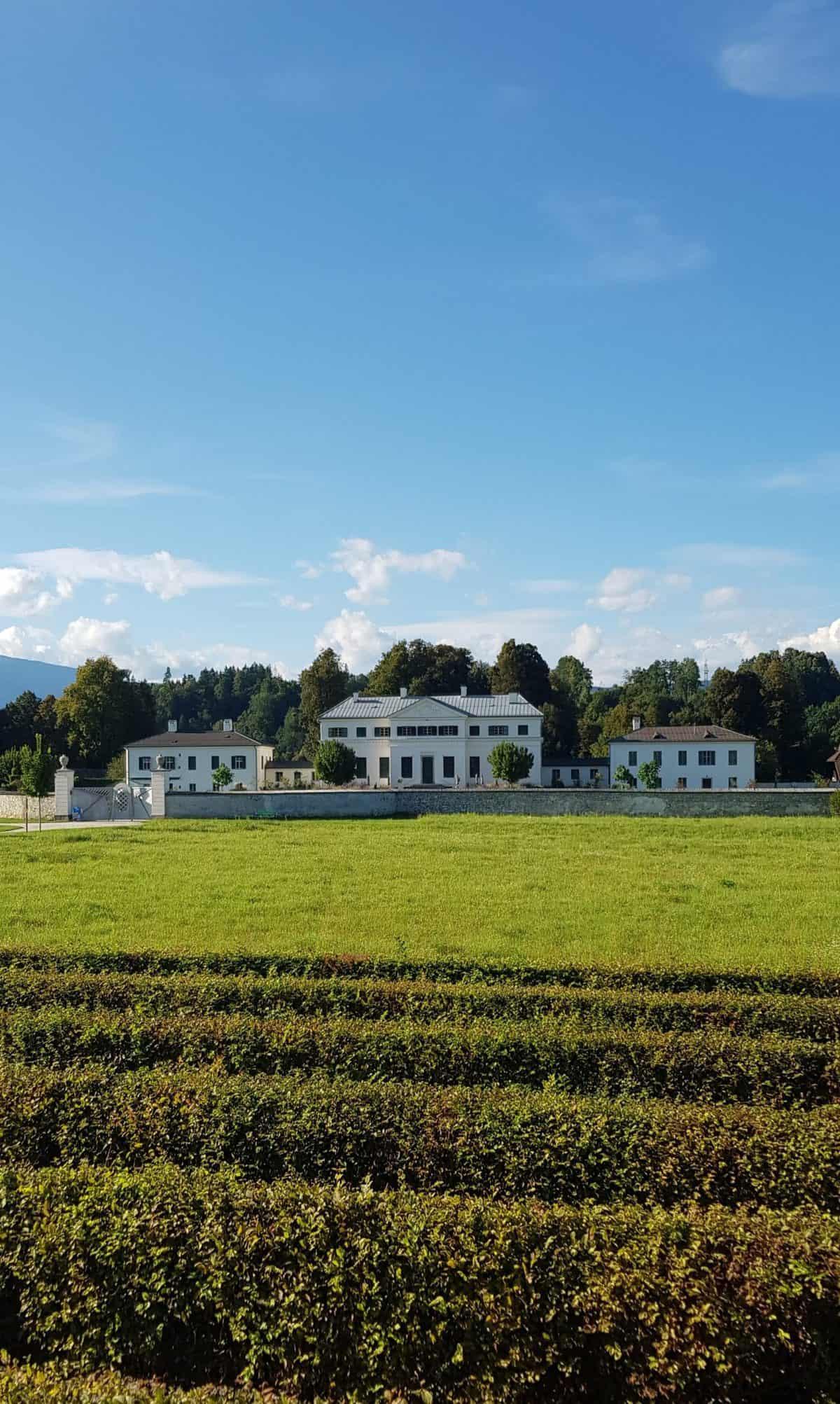 TOP Ausflugsziele Schloss & Labyrinth & Tierpark Rosegg im Kärntner Rosental