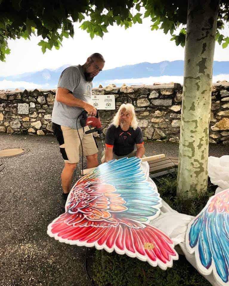 Montage Fotowand mit Flügel von Wieser Art in Kärnten